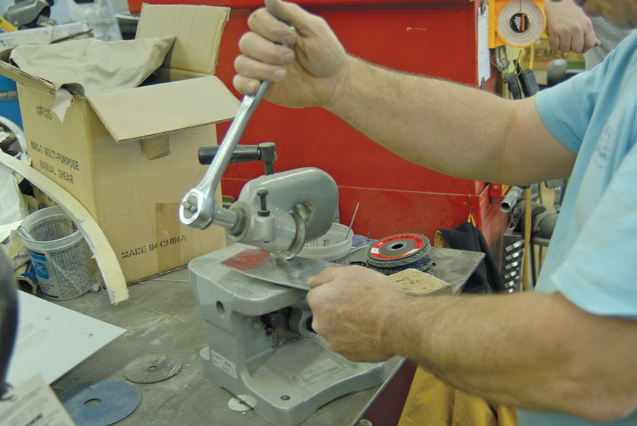 05: Using a simple bench shear, filler plates were cut out to fill both corners of the D-shaped base